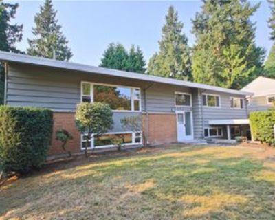 4225 Ne 88th St #1, Seattle, WA 98115 6 Bedroom Apartment