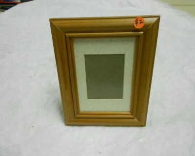 Small Picture Frame, 7 1/2 Inch by 9 1/2 Inch
