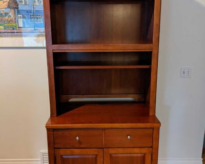 Solid Wood Thomasville Computer Desk and hutch