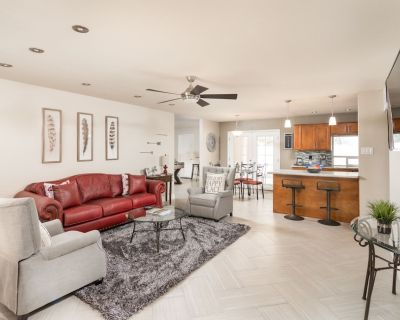 Old Town Scottsdale - Prime location! Spring Training Location - Peaceful Valley