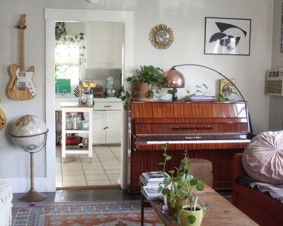 Sunny Silverlake Craftsman House With Music Studio, Los Angeles, CA