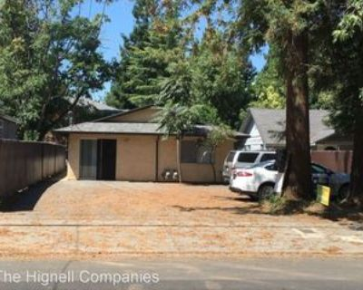 1212 Ivy St, Chico, CA 95928 3 Bedroom House