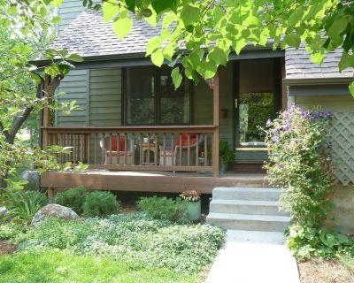 The Riverside House - Your North Boulder Vacation Retreat - Rural North Boulder