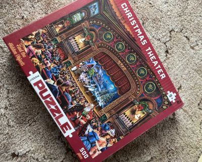 Christmas Theater - 500 piece puzzle