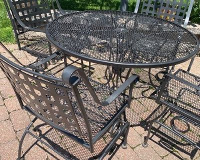 High end collection downsizing in Creve Coeur