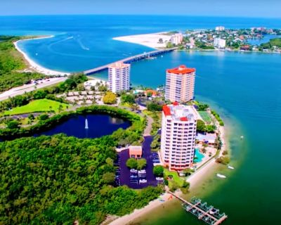Well-appointed 1 Bdr Condo on beach. Solitude & quiet but close to Ft Myers Bch - Fort Myers Beach