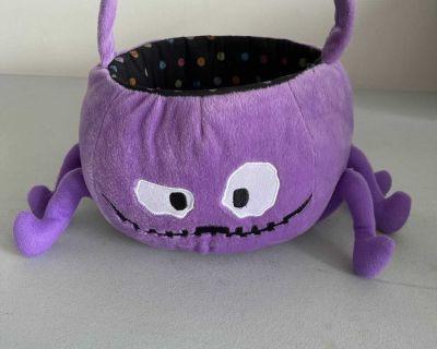 Spider Halloween Basket