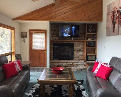 Perk Canyon Hidden Acres -Hot Tub -Fireplace -Fire Table -High Speed Internet - Ruidoso