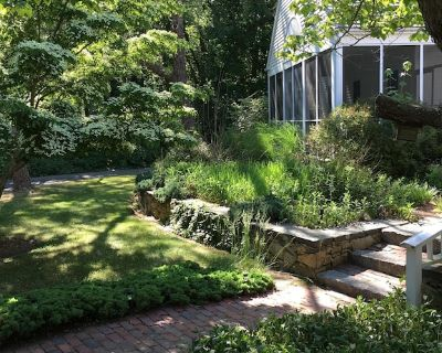 Lovely, historic Cape Cod home - North Falmouth