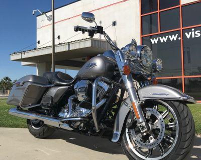 2016 Harley-Davidson Road King Base