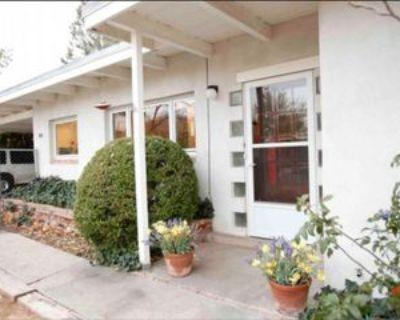 1010 Los Arboles Ave Nw, Albuquerque, NM 87107 3 Bedroom Apartment