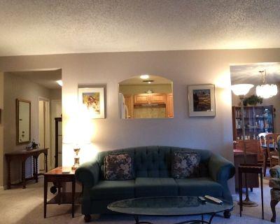 Fully-Furnished 2-Bedroom / 2-Bath Condo ~ Boulder, Colorado - Keewayden