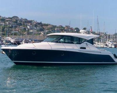 2020 Tiara Yachts 39 Coupe