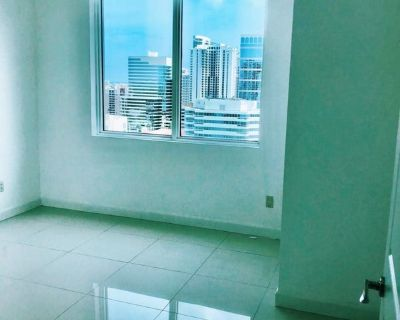 Single Room in 2 bed apartment in Fort Lauderdale