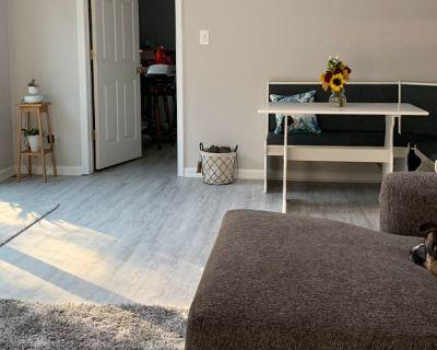 Private room with own bathroom - Virginia Beach , VA 23454