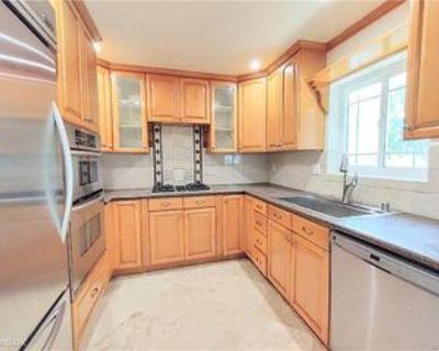 425 S Catalina Ave #4, Redondo Beach, CA 90277 3 Bedroom House