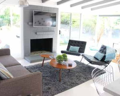 Bright Aesthetic Mid-Century Modern Home, Rancho Mirage, CA