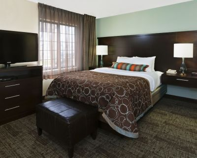 Staybridge Suites South Springfield, an IHG Hotel - Springfield