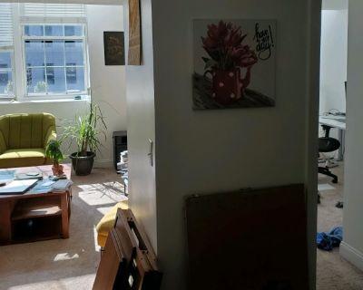 Shared room with shared bathroom - Lowell , MA 02135