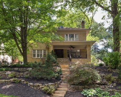 4 Bedroom Buckhead Vintage 1920s Home High-End - Location, Location, Location - Garden Hills