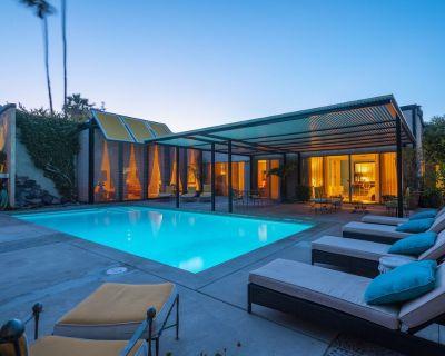 Arthur Elrods Escape - The former residence of renowned Architect & Designer, Arthur Elrod. - Old Las Palmas