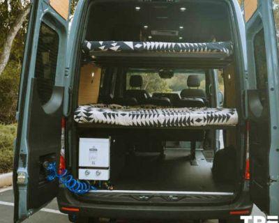 2021 Mercedes-Benz Sprinter Cargo Van 2500