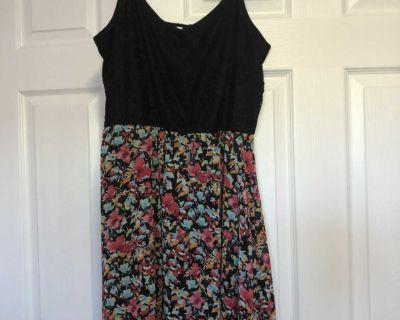 Warehouse one dress size medium