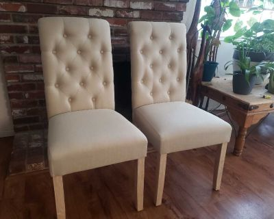 Round Hill Furniture Dining Chairs