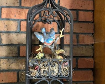 Estatesale: downsizing houseful of antique to vintage furnishings & collectibles