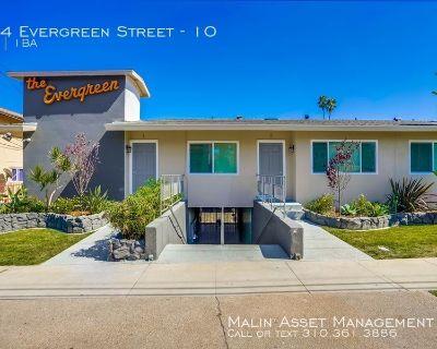 Apartment Rental - 544 Evergreen Street