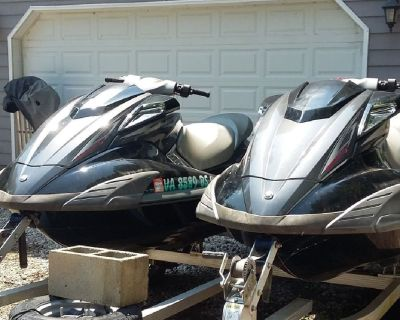 2009 Yamaha Wave Runners and trailer. Only 35 hrs, never been in salt water