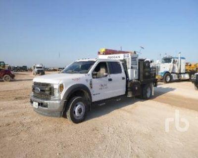 2018 FORD XL CREW CAB 4X4 Flatbed Trucks Truck