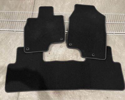 2019-2022 OEM Acura RDX floor mats in Black