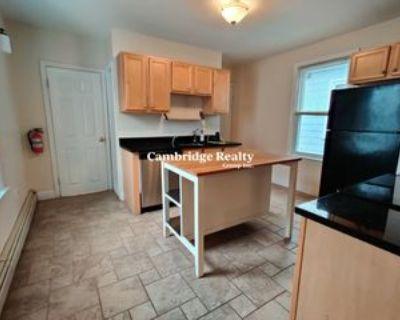 5 Essex St #2, Somerville, MA 02145 4 Bedroom Apartment