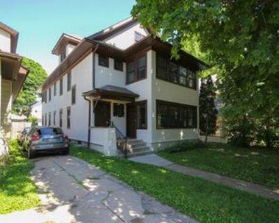 2221 Harriet Ave #1, Minneapolis, MN 55405 4 Bedroom Apartment