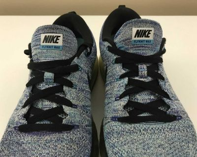 Nike Flyknit Max Shoes Size 9.5