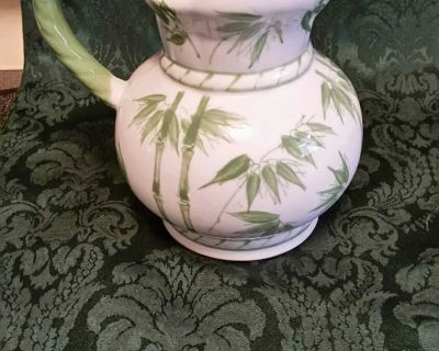 Exc Condition lovely Pitcher & designs. Many Uses