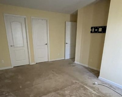 Private room with own bathroom - San Jose , CA 95128