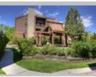 2 Bedroom, 2 Bathroom Condo for $205,000, Colorado Springs, CO