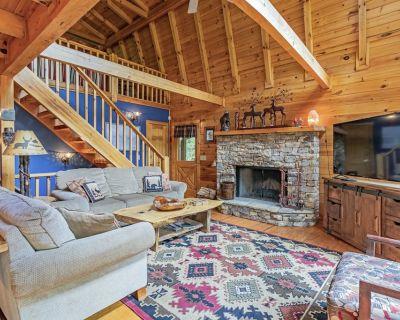 *Blue Ridge Ga Peaceful Private Retreat Hot tub game room fire pit hiking tubing - Bouvet Island