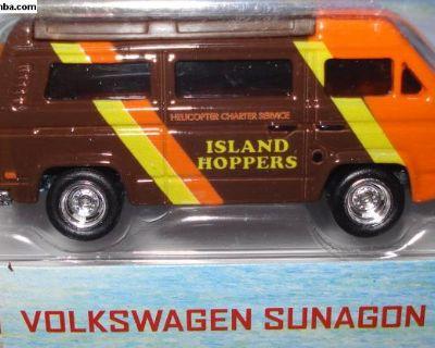 2013 Hot Wheels Magnum PI Vanagon Bus MONMC