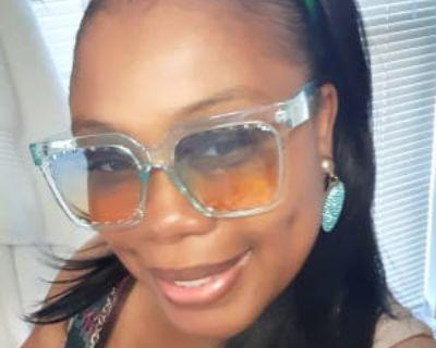 Felicia, 40 years, Male - Looking in: Norfolk VA