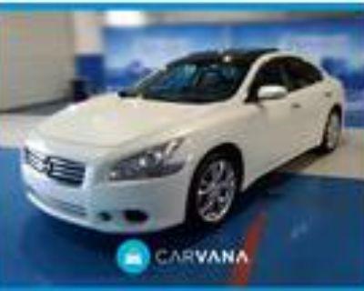 2014 Nissan Maxima White, 65K miles