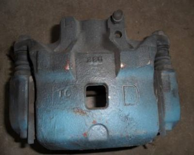 Used 03-04 Infiniti G35 Coupe Left Driver Side Front Brake Caliper With Bracket