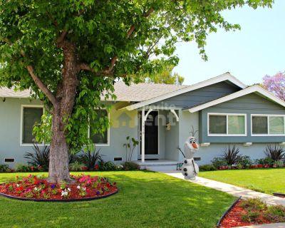 Anaheim house with three bedroom – Hermosa Village