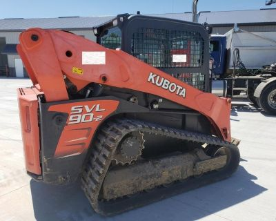 2014 KUBOTA SVL90-2 Skid Steer Loaders - Crawler