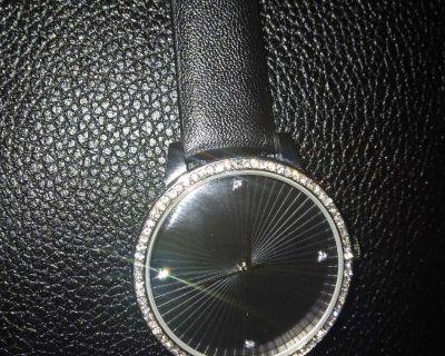 Mahantan croton watch