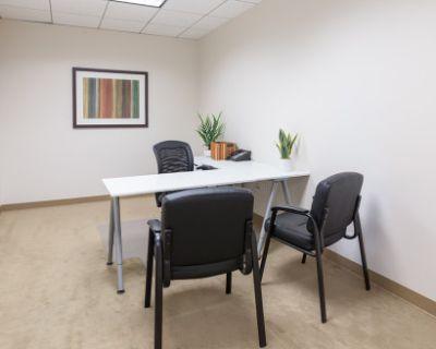 Private Office in Manhattan Beach, Manhattan Beach, CA