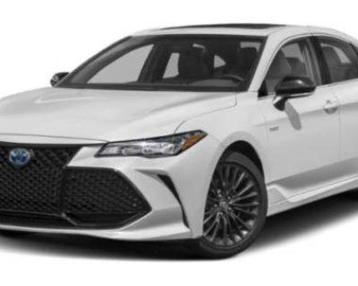 2019 Toyota Avalon Hybrid XSE