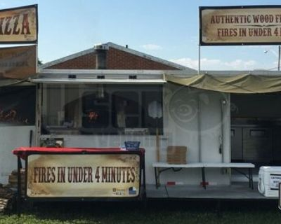 2015 - 8.5' x 28' Wood-Fired Pizza Concession Trailer / Mobile Pizzeria